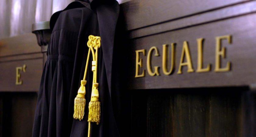 Avvocati, in Italia sono già troppi