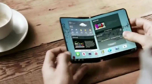 Lo smartphone pieghevole: Samsung Galaxy X