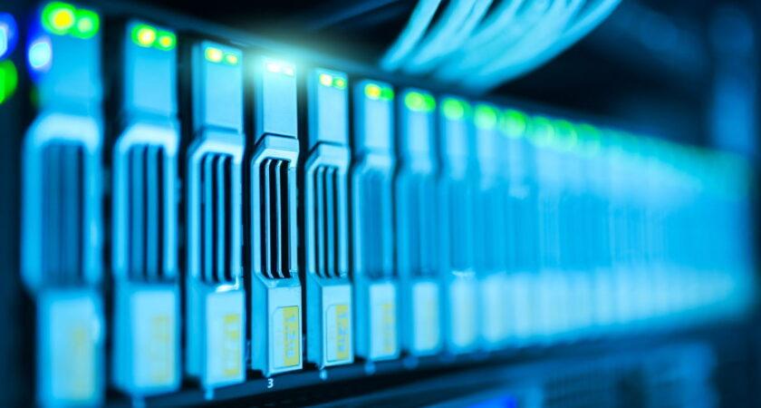Server virtuale VPS: vantaggi di averne uno a tua disposizione